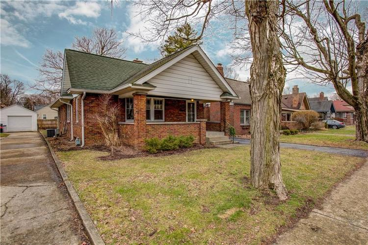 6125 Rosslyn Avenue Indianapolis, IN 46220 | MLS 21696835 | photo 2