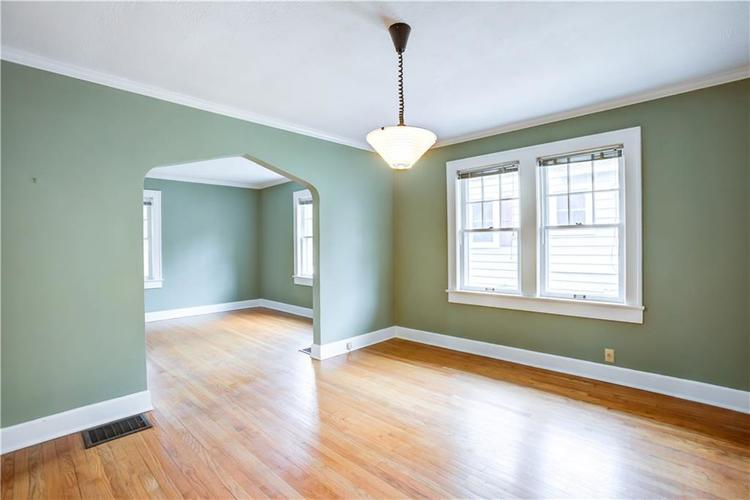 6125 Rosslyn Avenue Indianapolis, IN 46220 | MLS 21696835 | photo 6