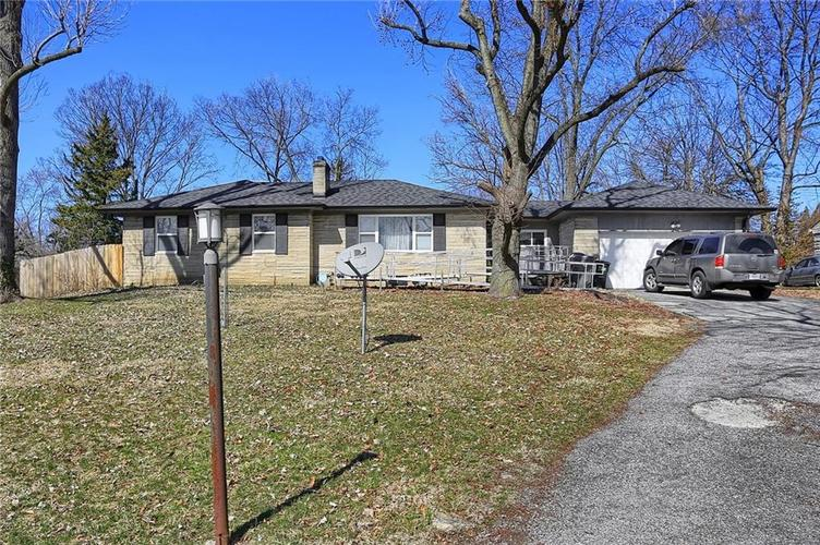 4334 E 39th Street Indianapolis IN 46226 | MLS 21696845 | photo 2