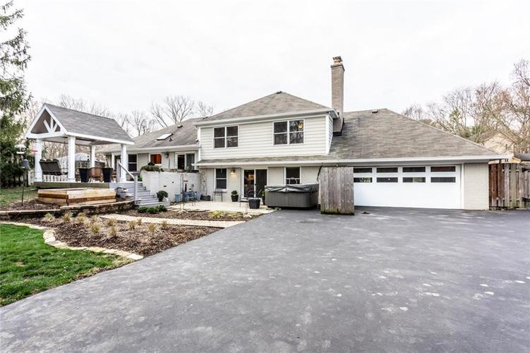 8069 Claridge Road Indianapolis, IN 46260 | MLS 21696899 | photo 41