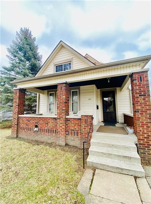931 N Tacoma Avenue Indianapolis, IN 46201 | MLS 21696936 | photo 1