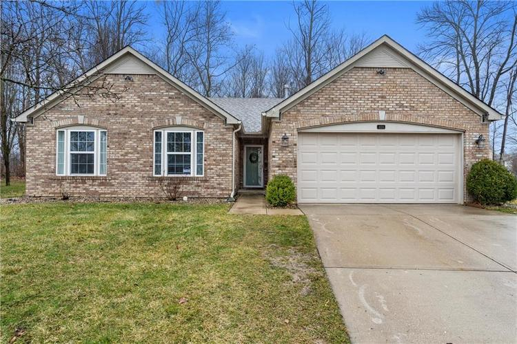 4124 S Turning Leaf Court New Palestine IN 46163 | MLS 21696977 | photo 1