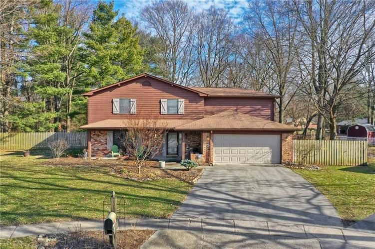 1045 Hoover Circle Indianapolis, IN 46260 | MLS 21696980 | photo 1