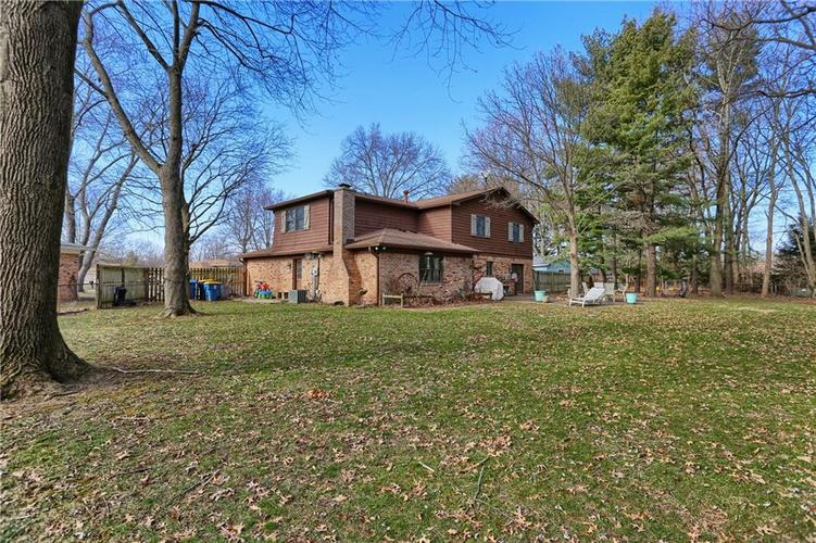 1045 Hoover Circle Indianapolis, IN 46260 | MLS 21696980 | photo 28