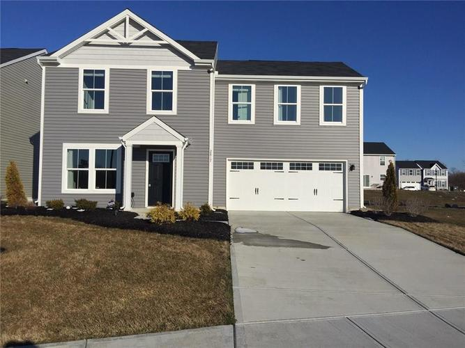 2817 Pointe Club Road Indianapolis IN 46229 | MLS 21697017 | photo 1