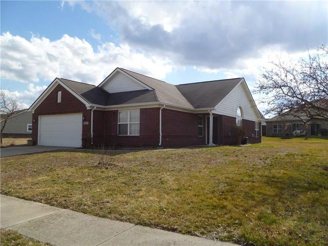 13420 N Carefree Court Camby, IN 46113 | MLS 21697376 | photo 2