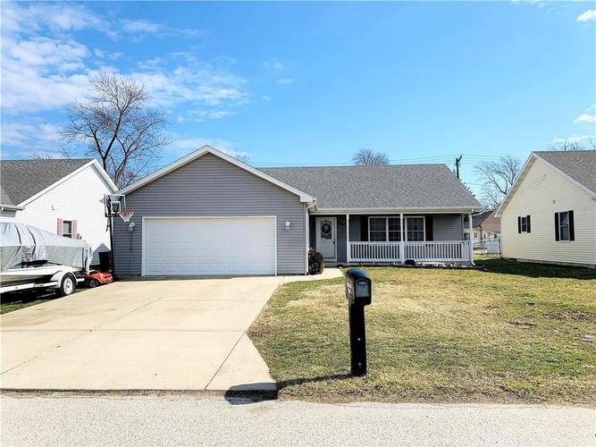 606 Dunn Avenue Crawfordsville IN 47933 | MLS 21697585 | photo 1