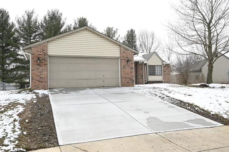 8373 Countryside Court Indianapolis IN 46231 | MLS 21697689 | photo 1