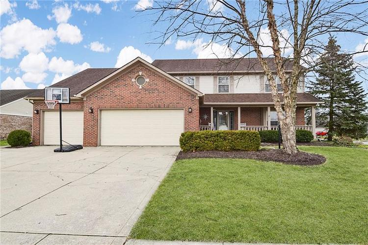 11803 Halle Drive Indianapolis IN 46229 | MLS 21697716 | photo 1
