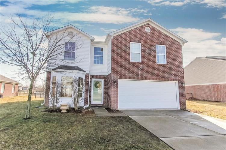 5439 GRASSY BANK Drive Indianapolis IN 46237 | MLS 21697796 | photo 1
