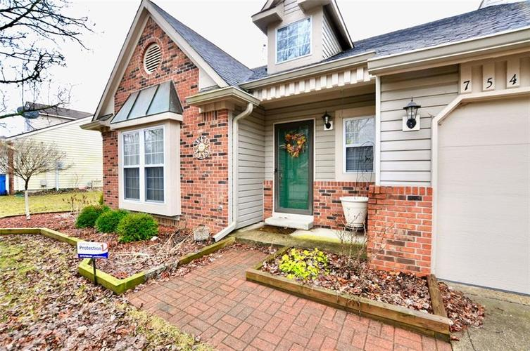 7540 Dry Branch Court Indianapolis IN 46236   MLS 21697801   photo 3