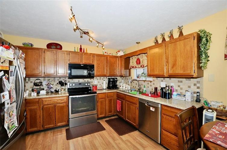 7540 Dry Branch Court Indianapolis IN 46236   MLS 21697801   photo 8
