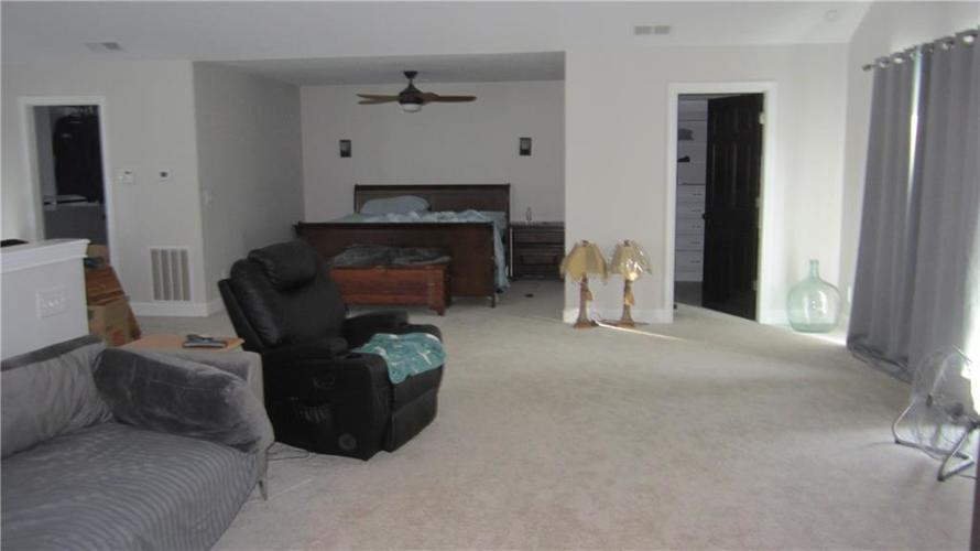 6345 BUCKVIEW Drive Indianapolis IN 46259   MLS 21697819   photo 13
