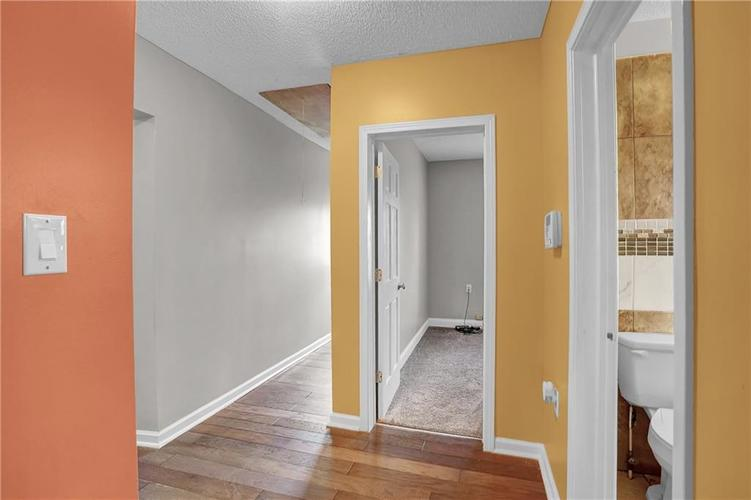 9656 E 38TH Street Indianapolis IN 46235 | MLS 21698000 | photo 10