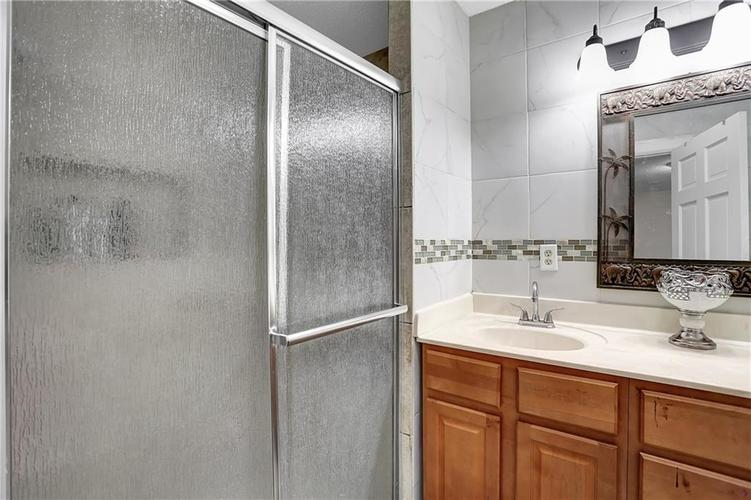 9656 E 38TH Street Indianapolis IN 46235 | MLS 21698000 | photo 14