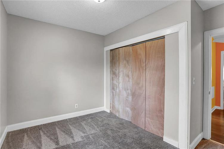 9656 E 38TH Street Indianapolis IN 46235 | MLS 21698000 | photo 16