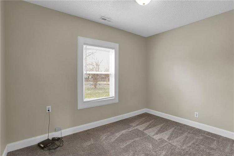 9656 E 38TH Street Indianapolis IN 46235 | MLS 21698000 | photo 17