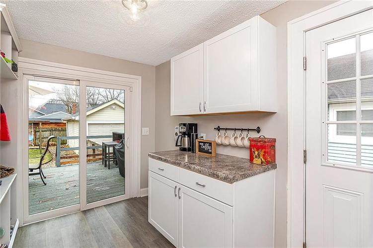 6025 Kingsley Drive Indianapolis, IN 46220 | MLS 21698153 | photo 15