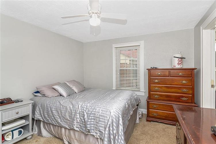 6025 Kingsley Drive Indianapolis, IN 46220 | MLS 21698153 | photo 23