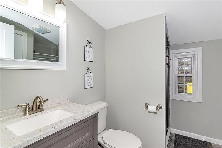 6025 Kingsley Drive Indianapolis, IN 46220 | MLS 21698153 | photo 25