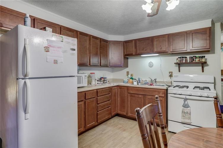 1604 Younce Street Franklin IN 46131   MLS 21698171   photo 9