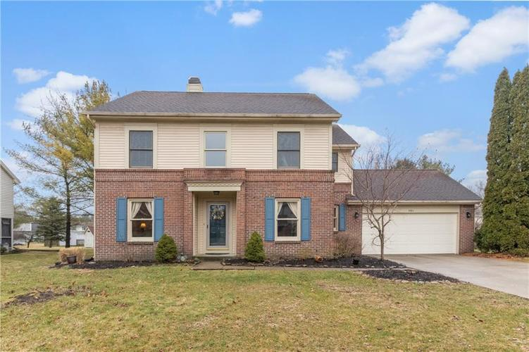 1461 Waterford Drive Zionsville IN 46077 | MLS 21698248 | photo 1