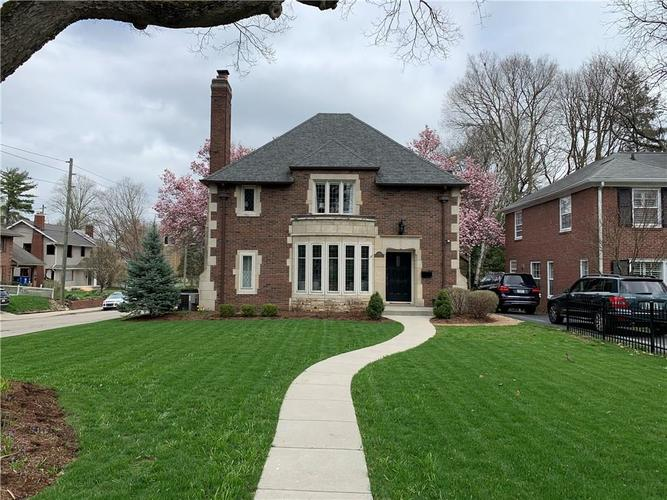 5551 N CENTRAL Avenue Indianapolis IN 46220 | MLS 21698483 | photo 2
