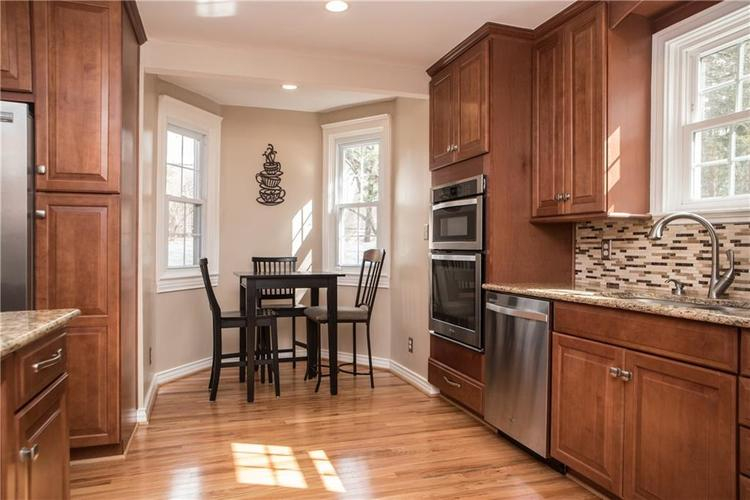 5551 N CENTRAL Avenue Indianapolis IN 46220 | MLS 21698483 | photo 21