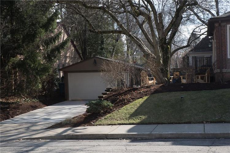 5551 N CENTRAL Avenue Indianapolis IN 46220 | MLS 21698483 | photo 6