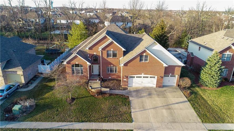 7946 Shady Woods Drive Indianapolis IN 46259   MLS 21698494   photo 1