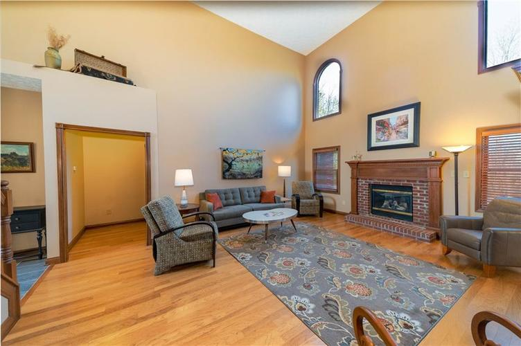 7946 Shady Woods Drive Indianapolis IN 46259   MLS 21698494   photo 12