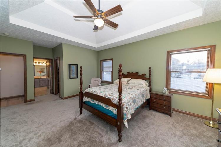 7946 Shady Woods Drive Indianapolis IN 46259   MLS 21698494   photo 19