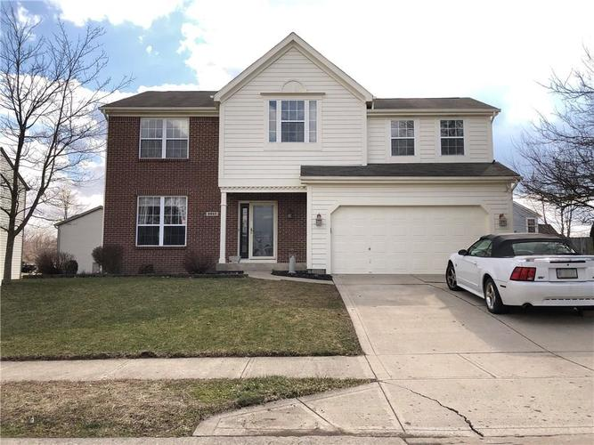 9957 Wellcroft Lane Indianapolis IN 46236 | MLS 21698617 | photo 1