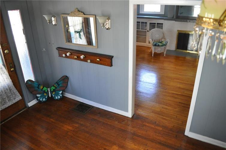 360 S Downey Avenue Indianapolis IN 46219 | MLS 21698676 | photo 13