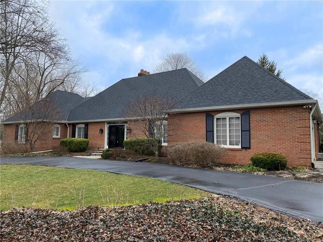 746 Round Hill Road Indianapolis IN 46260 | MLS 21698679 | photo 1