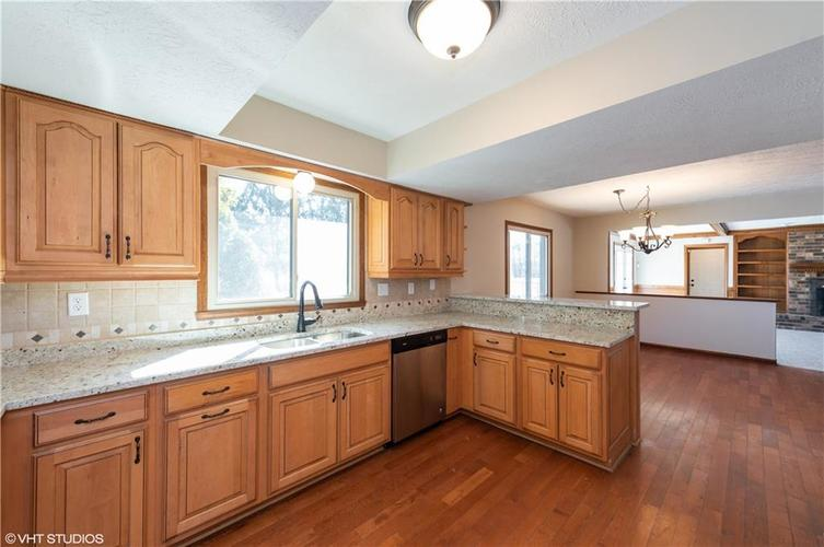 7739 Normandy Boulevard Indianapolis IN 46278   MLS 21698839   photo 8