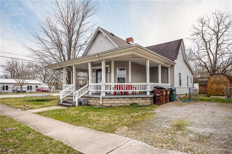 409 E Main Street Crothersville IN 47229 | MLS 21698844 | photo 3