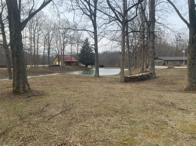 2020 E County Road 1100 S Cloverdale IN 46120 | MLS 21698845 | photo 1