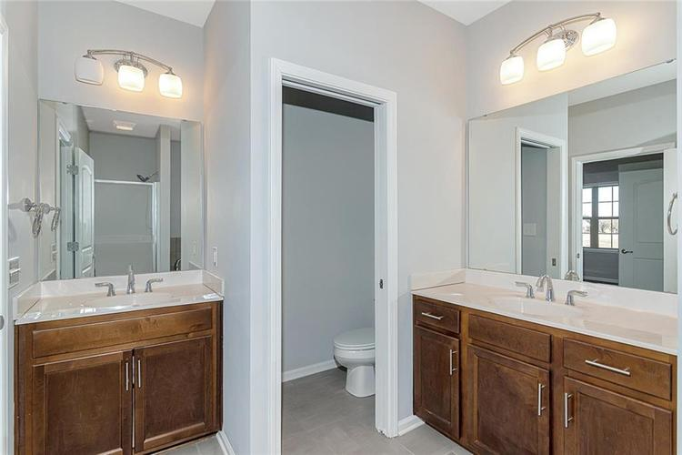 7165 Governors Row Avon, IN 46123 | MLS 21698848 | photo 21
