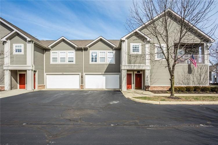 1052 Sedona Pass Indianapolis IN 46280 | MLS 21698852 | photo 1