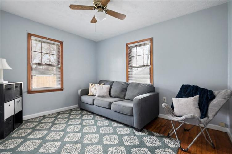 708 CHARLES Street Chesterfield IN 46017 | MLS 21698867 | photo 15