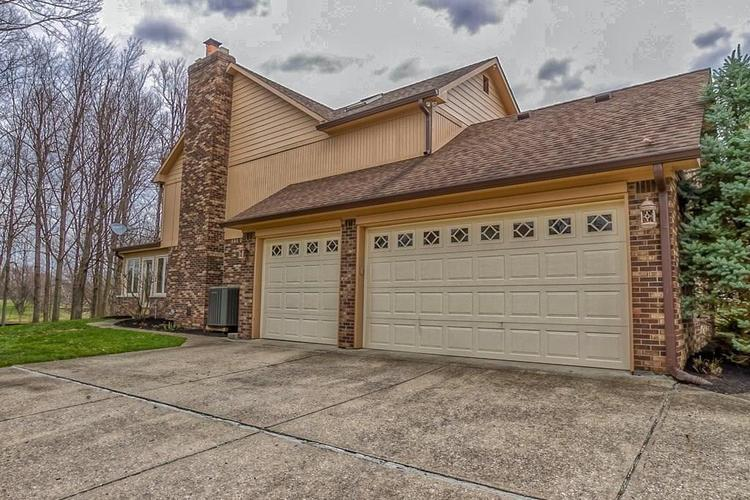 2059 Woodsway Drive Greenwood, IN 46143 | MLS 21698888 | photo 6