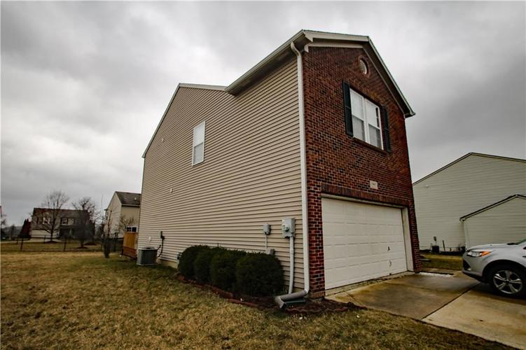 10465 Mohawk Trail Indianapolis, IN 46234   MLS 21698980   photo 3