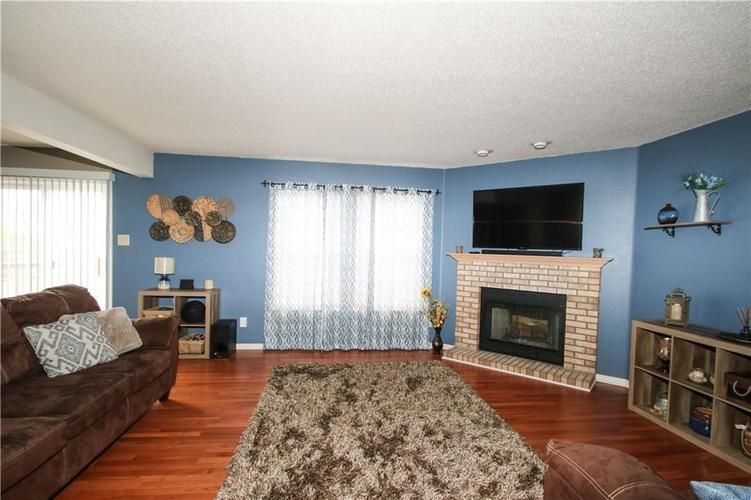 10465 Mohawk Trail Indianapolis, IN 46234   MLS 21698980   photo 6