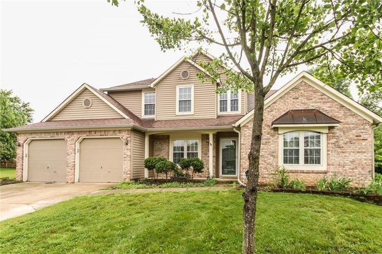 10683 NORTHFIELD Place Fishers, IN 46038 | MLS 21699052 | photo 1