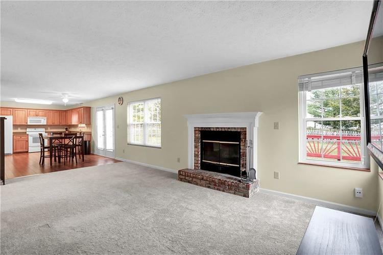 10683 NORTHFIELD Place Fishers, IN 46038 | MLS 21699052 | photo 11