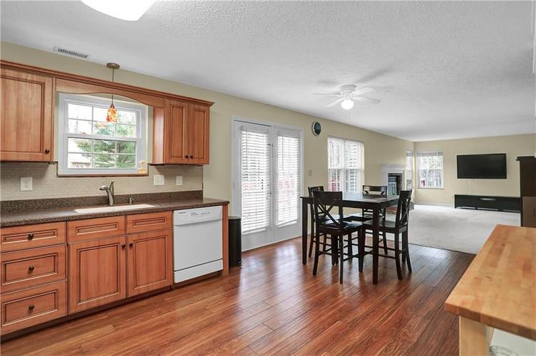 10683 NORTHFIELD Place Fishers, IN 46038 | MLS 21699052 | photo 17