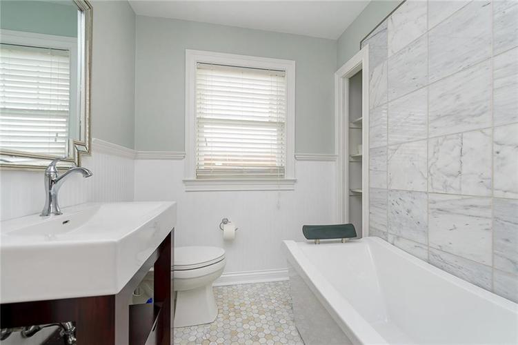 6167 Guilford Avenue Indianapolis, IN 46220 | MLS 21699070 | photo 11