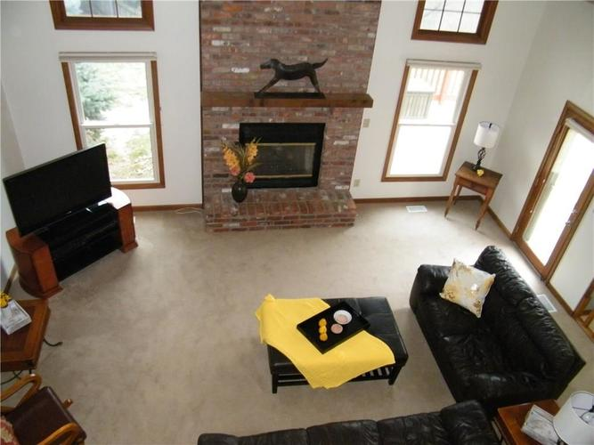 8305 Coral Bay Court Indianapolis IN 46236 | MLS 21699147 | photo 2