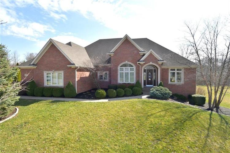 1829 Eagle Trace Drive Greenwood, IN 46143 | MLS 21699211 | photo 1